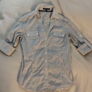 Express button shirt